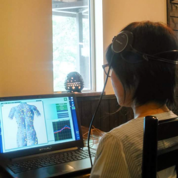食の改善 波動分析器『メタトロン』 体験